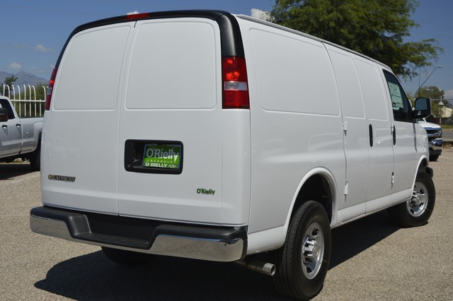 2017 Express 2500, Cargo Van #1112532 - photo 2