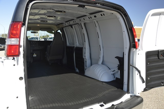 2017 Express 2500, Cargo Van #1116646 - photo 5