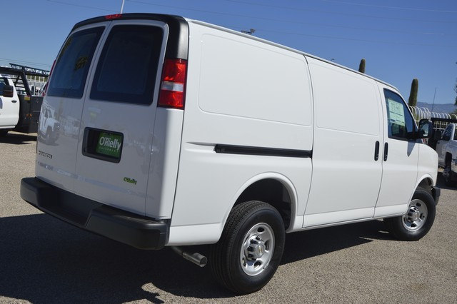 2017 Express 2500 Cargo Van #1300675 - photo 4