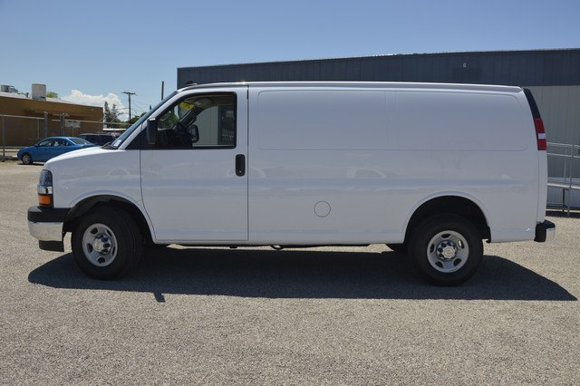 2017 Express 2500, Cargo Van #1304564 - photo 3