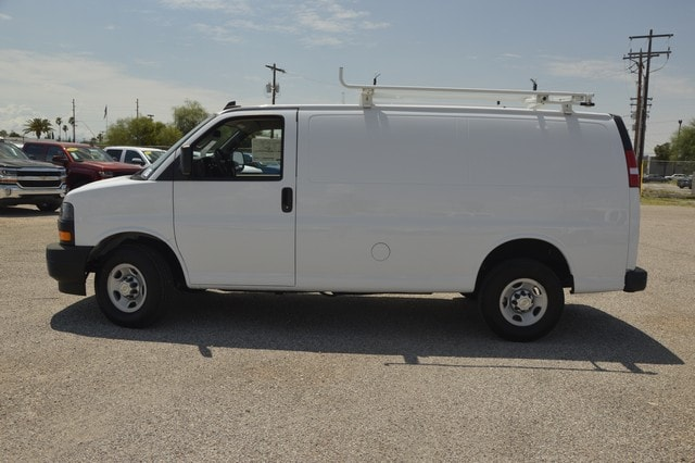 2018 Express 2500 4x2,  Harbor Upfitted Cargo Van #1315645 - photo 3