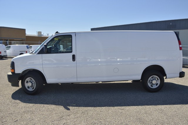2017 Express 2500 Cargo Van #1322705 - photo 3