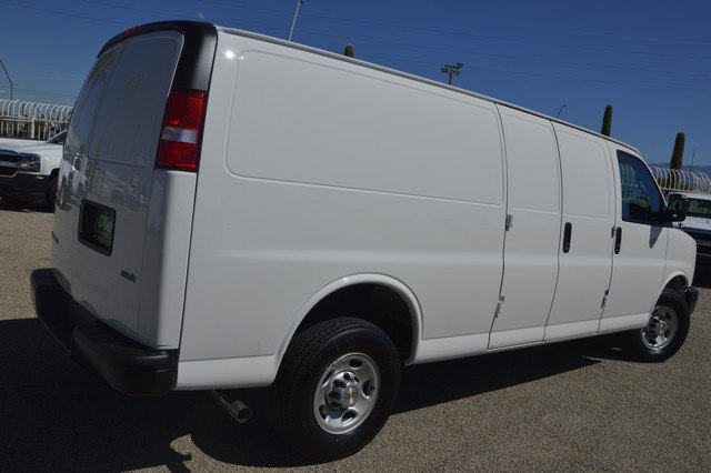 2017 Express 2500 Cargo Van #1322705 - photo 4