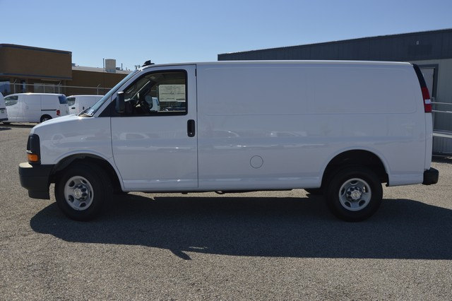 2017 Express 2500 Cargo Van #1324045 - photo 3