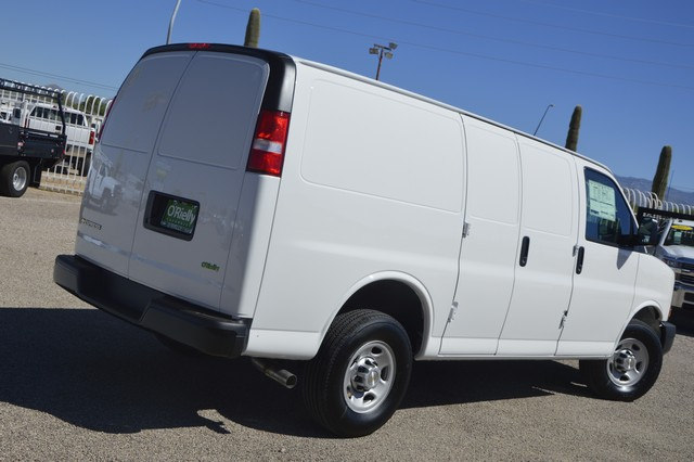 2017 Express 2500 Cargo Van #1328452 - photo 4