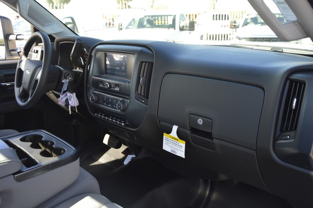 2017 Silverado 3500 Regular Cab DRW, Freedom Contractor Body #F138835 - photo 6