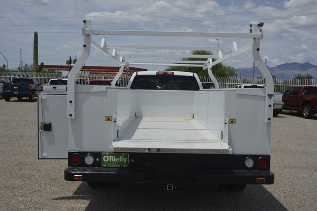 2018 Silverado 3500 Regular Cab DRW 4x2,  Royal Service Body #F239311 - photo 4