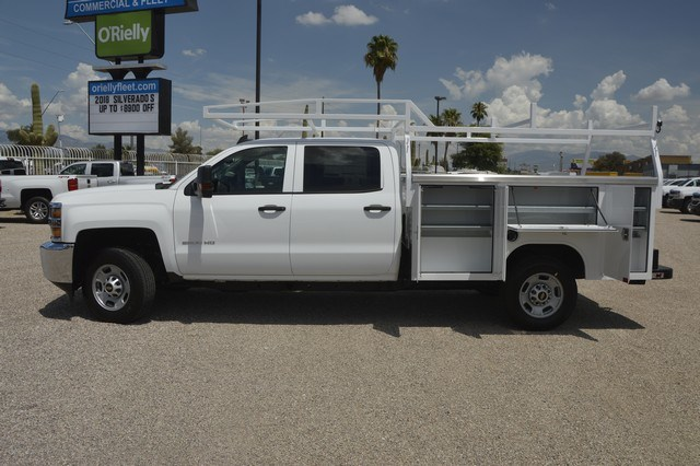 2018 Silverado 2500 Crew Cab 4x2,  Harbor Service Body #F282073 - photo 3