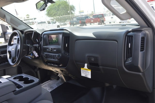 2018 Silverado 2500 Crew Cab 4x2,  Harbor Service Body #F282073 - photo 7