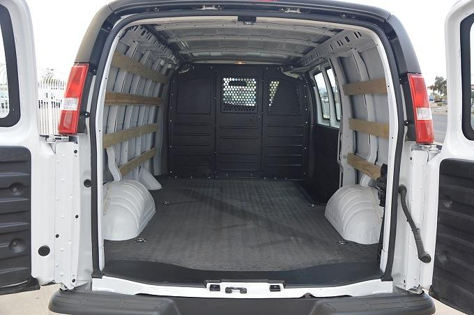 2019 Chevrolet Express 2500 4x2, Empty Cargo Van #P21T1007 - photo 1