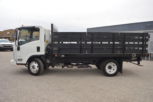2016 LCF 4500 Regular Cab, Sun Country Truck Stake Bed #S813150 - photo 3