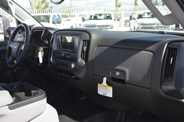 2017 Silverado 2500 Regular Cab, Royal Service Body #Z223306 - photo 5