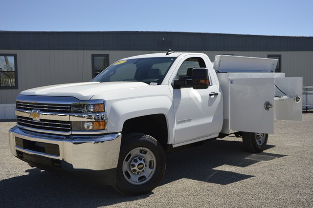 2017 Silverado 2500 Regular Cab, Royal Service Body #Z225338 - photo 3