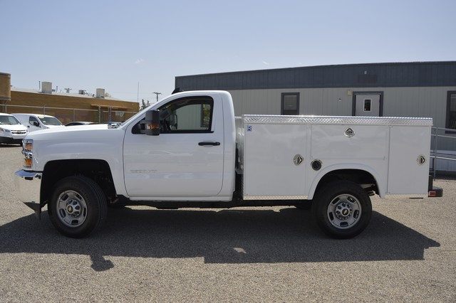 2017 Silverado 2500 Regular Cab, Royal Service Body #Z225338 - photo 4