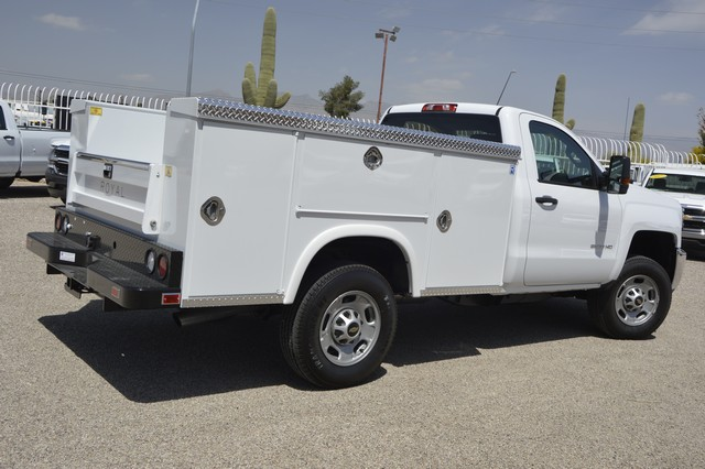 2017 Silverado 2500 Regular Cab, Royal Service Body #Z225338 - photo 2