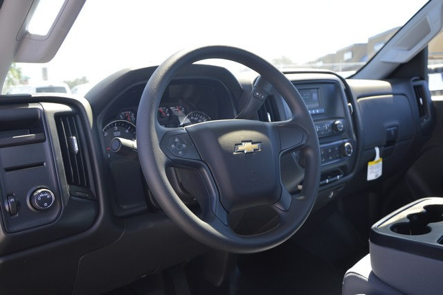 2017 Silverado 2500 Regular Cab, Royal Service Body #Z249462 - photo 5