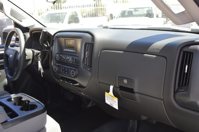 2017 Silverado 2500 Regular Cab, Royal Service Body #Z251925 - photo 6