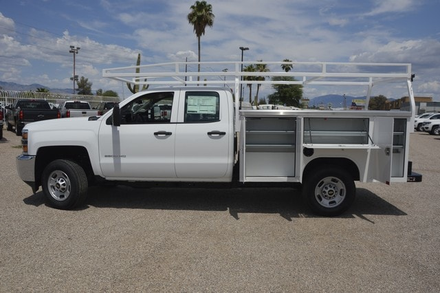 2018 Silverado 2500 Double Cab 4x2,  Harbor Service Body #Z346775 - photo 3