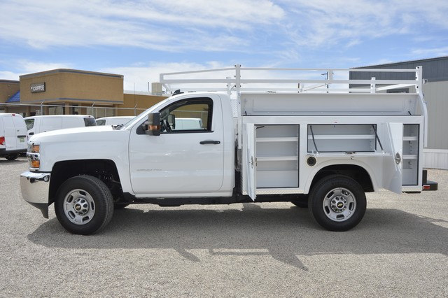 2017 Silverado 2500 Regular Cab, Royal Service Body #Z385498 - photo 4