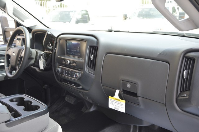 2017 Silverado 2500 Regular Cab, Royal Service Body #Z385498 - photo 7