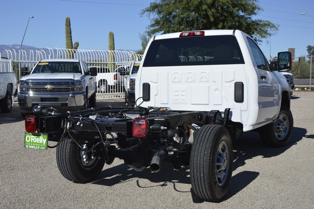2016 Silverado 2500 Regular Cab, Cab Chassis #Z410096 - photo 2