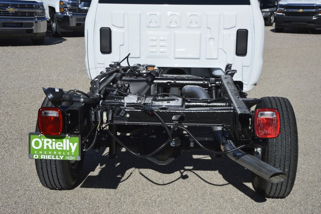 2016 Silverado 2500 Regular Cab, Cab Chassis #Z410096 - photo 4