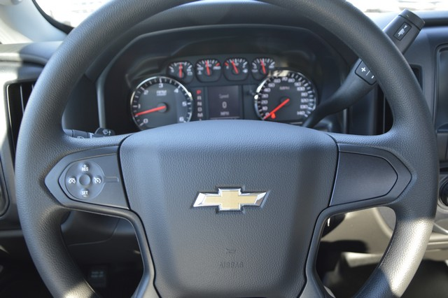 2016 Silverado 2500 Regular Cab, Cab Chassis #Z410096 - photo 5