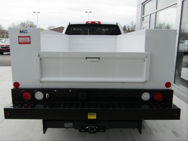 2017 Silverado 2500 Regular Cab, Monroe Service Body #17CC456 - photo 3
