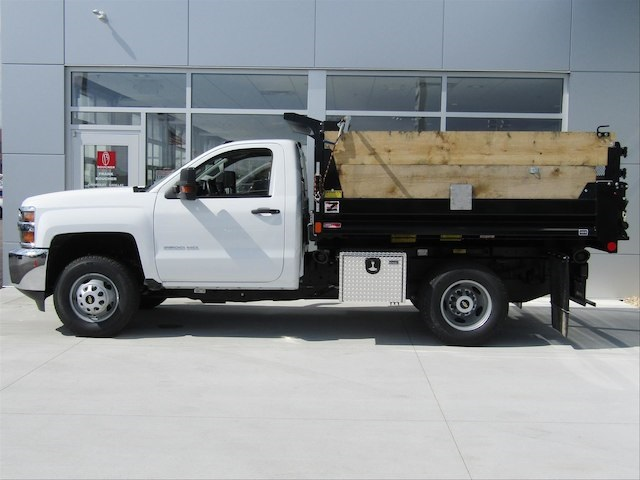 2017 Silverado 3500 Regular Cab DRW 4x4,  Monroe Dump Body #17CC458 - photo 3