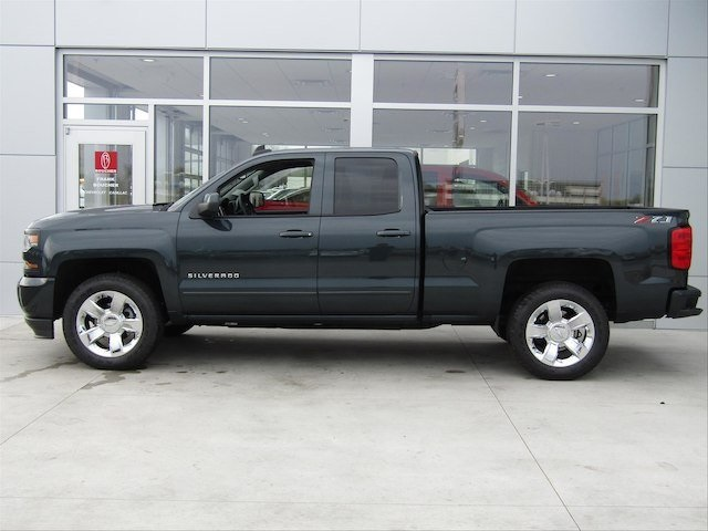 2018 Silverado 1500 Double Cab 4x4,  Pickup #18CC314 - photo 3