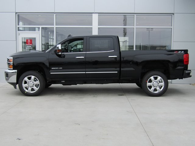 2018 Silverado 2500 Crew Cab 4x4,  Pickup #18CC775 - photo 3