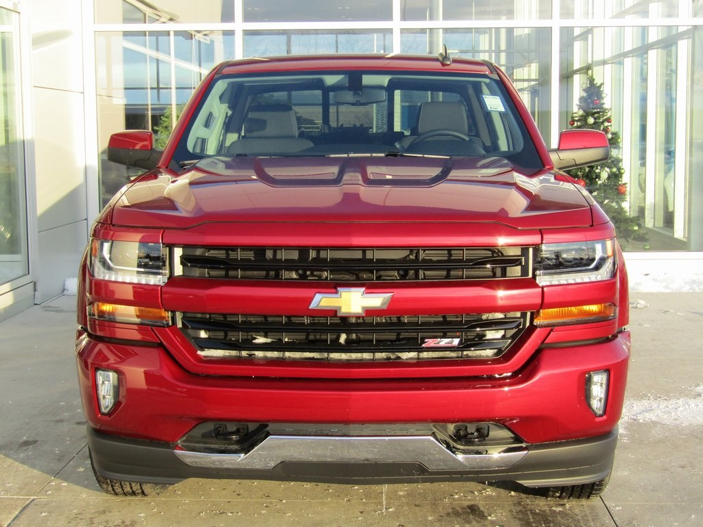 2018 Silverado 1500 Crew Cab 4x4,  Pickup #18CC949 - photo 4