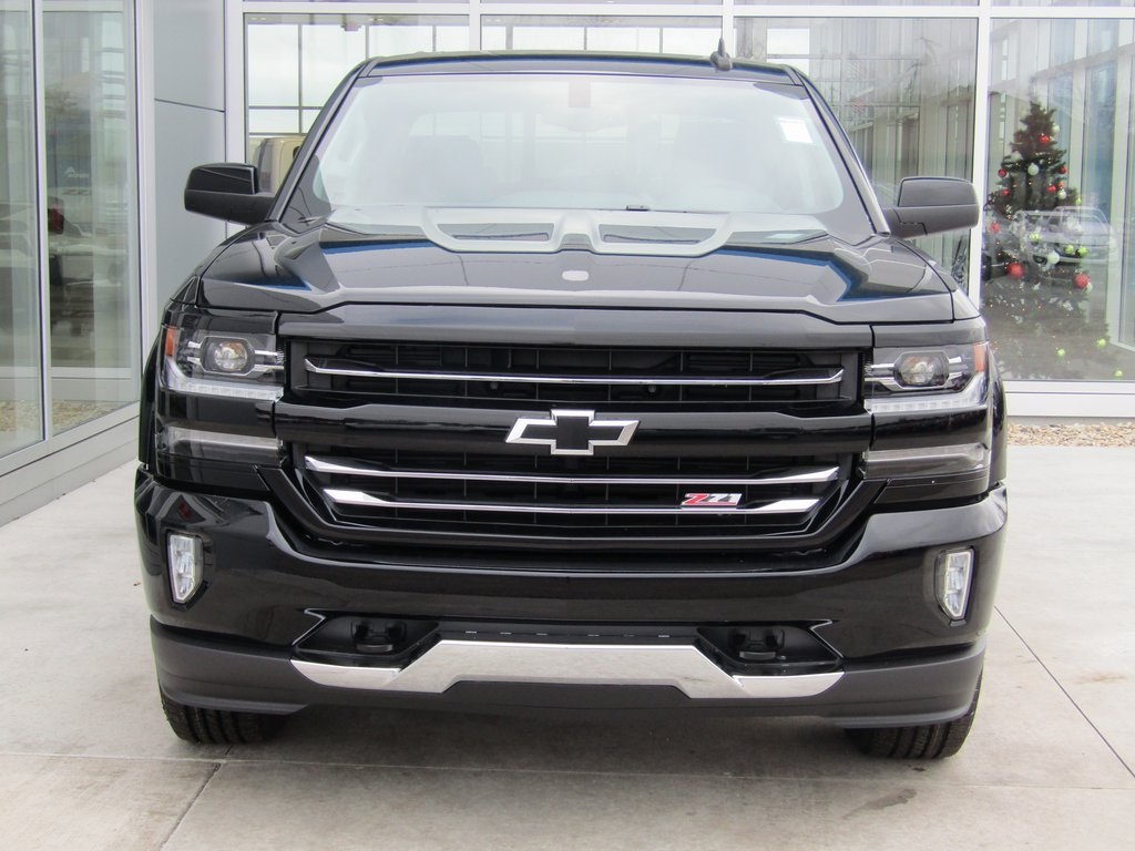 2018 Silverado 1500 Crew Cab 4x4,  Pickup #18CC953 - photo 4