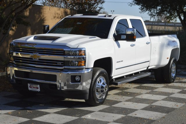 2018 Silverado 3500 Crew Cab 4x4 Pickup #DT1387 - photo 3