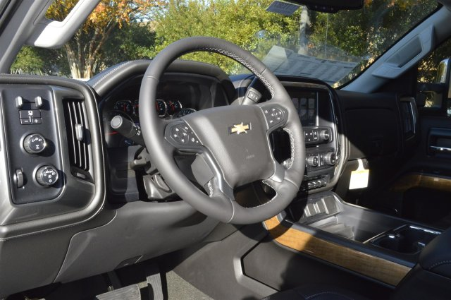 2018 Silverado 3500 Crew Cab 4x4 Pickup #DT1387 - photo 10