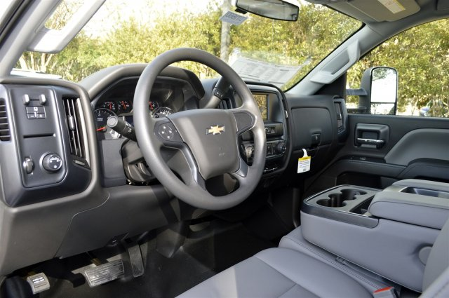 2018 Silverado 2500 Crew Cab, Pickup #DT1660 - photo 10