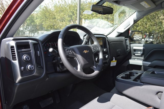 2018 Silverado 1500 Crew Cab 4x4, Pickup #DT1671 - photo 10