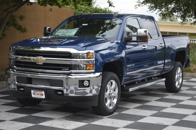 2018 Silverado 2500 Crew Cab 4x4, Pickup #DT1977 - photo 3