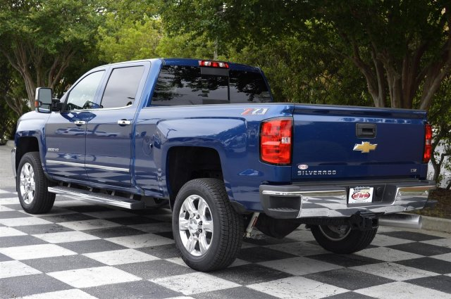 2018 Silverado 2500 Crew Cab 4x4, Pickup #DT1977 - photo 5