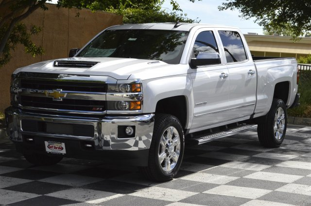 2018 Silverado 2500 Crew Cab 4x4,  Pickup #DT2111 - photo 3