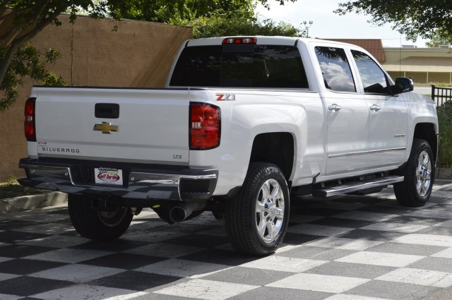 2018 Silverado 2500 Crew Cab 4x4,  Pickup #DT2111 - photo 2