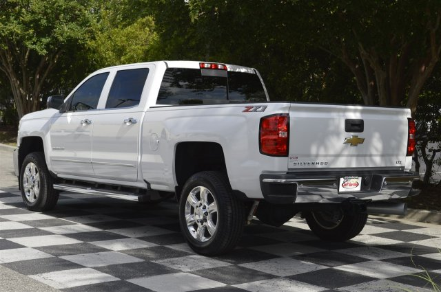 2018 Silverado 2500 Crew Cab 4x4,  Pickup #DT2111 - photo 5