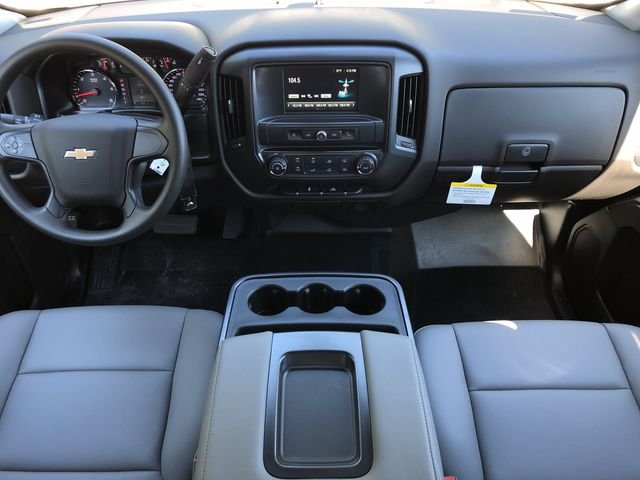 2018 Silverado 2500 Crew Cab 4x2,  Pickup #DT2506 - photo 20