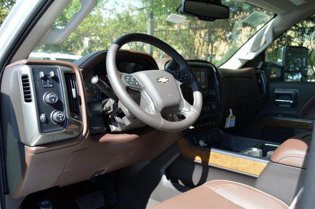 2019 Silverado 2500 Crew Cab 4x4,  Pickup #DU1207 - photo 10