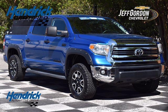 2016 Toyota Tundra Crew Cab 4x4, Pickup #M10565B - photo 1