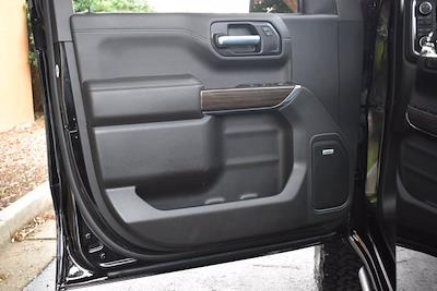 2021 Chevrolet Silverado 1500 Crew Cab 4x4, Pickup #M10765 - photo 10