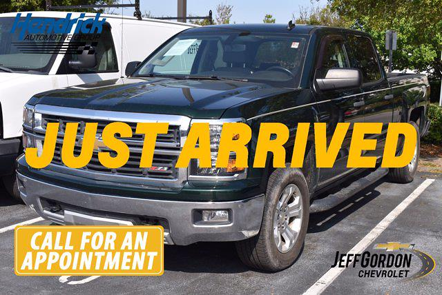 2014 Chevrolet Silverado 1500 Crew Cab 4x4, Pickup #M10792A - photo 1