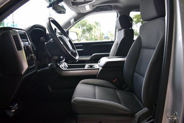 2018 Chevrolet Silverado 1500 Crew Cab 4x4, Pickup #M10888A - photo 12