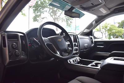 2018 Chevrolet Silverado 1500 Crew Cab 4x4, Pickup #M10888A - photo 14