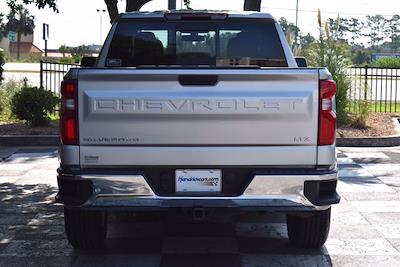 2019 Chevrolet Silverado 1500 Double Cab 4x4, Pickup #M10917A - photo 6